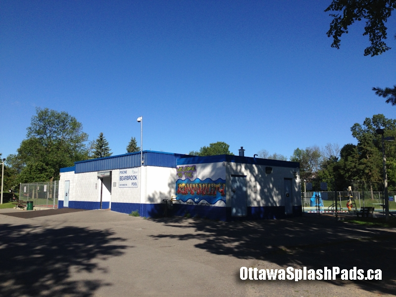 Bearbrook park and pool splash pad ottawa splash - Blackburn swimming pool opening times ...